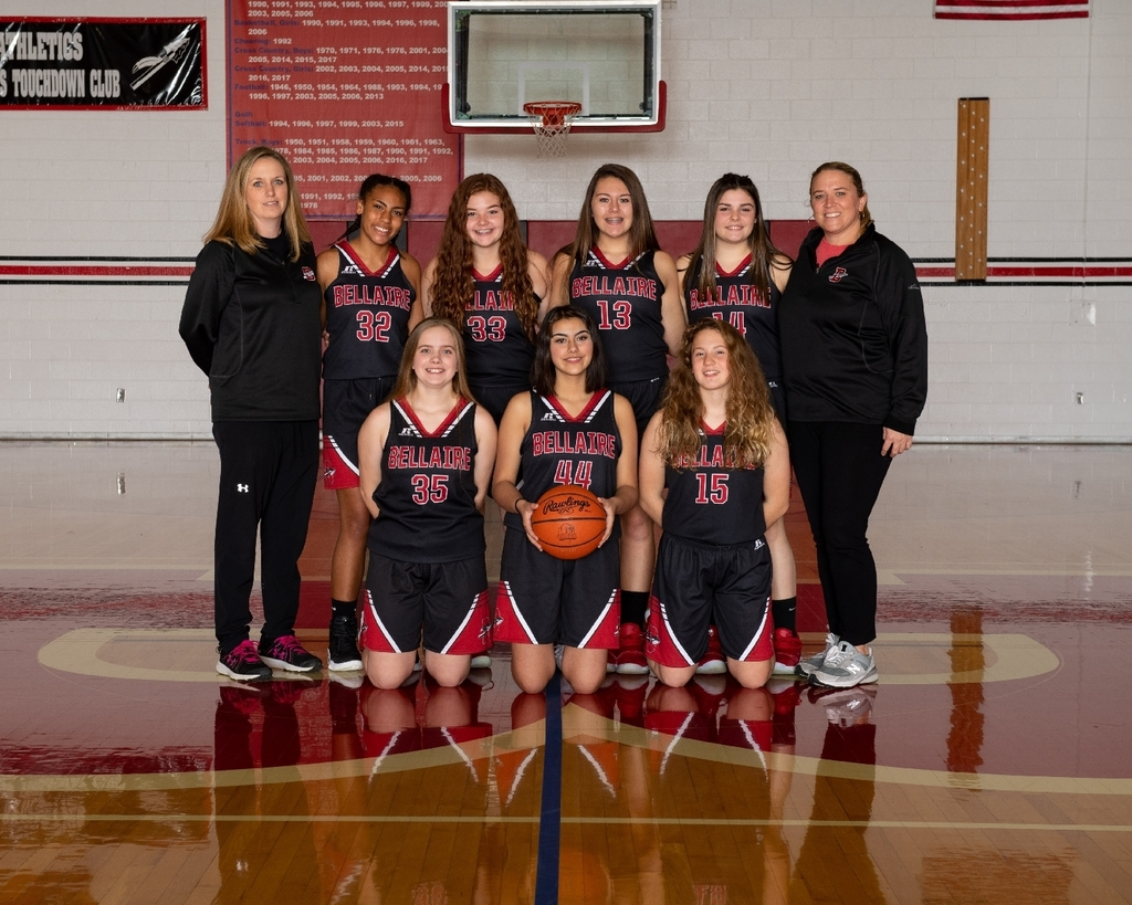 8th-grade girls basketball